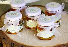 11 best wedding favor ideas useful and unforgettable