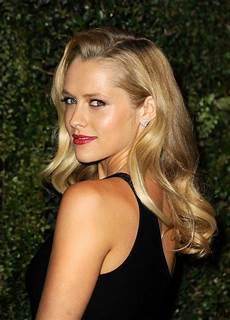 famous actress with blonde hair blonde celebrity hair inspiration blake lively lara bingle popsugar beauty australia
