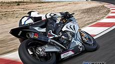 Bmw Hp4 Race Bmw Take The S 1000 Rr Next Level With Bmw