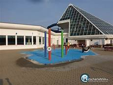 bad lausick schwimmbad freizeitbad riff bad lausick erlebnisbericht rutscherlebnis de