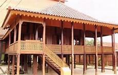 Rumah Adat Lung Nuwou Sesat Konstruksi Dan