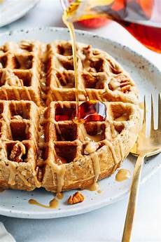 apple cinnamon oatmeal waffles making thyme for health