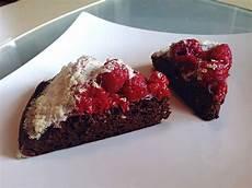 Schoko Himbeer Kuchen - schoko himbeer kuchen mit eischneehaube roecki0815