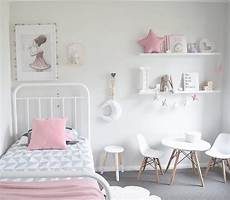 chambre design fille the design minimalist scandinavian bedroom via
