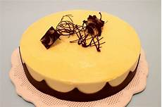 bavarese al pistacchio massari coccole di dolcezza bavarese al ciocco bianco e vaniglia e cremoso al pistacchio