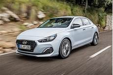 Hyundai I30 Fastback 2018 - new hyundai i30 fastback 2018 review pictures auto express
