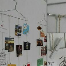 postkarten aufhängen ideen einfach g 252 nstig fotos aufh 228 ngen mit kleiderb 252 gel