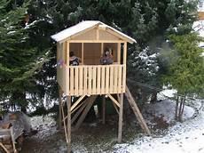 baumhaus bauen anleitung baumhaus stelzenhaus selber bauen anleitung tipps und
