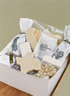 Gift Baskets For Wedding Guests In Hotel