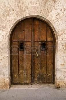 Portes Anciennes En Bois Porte Ancienne Vieille Porte En Bois De L 233 Poque