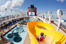 disney dream cruise ship entertainment lifestyle