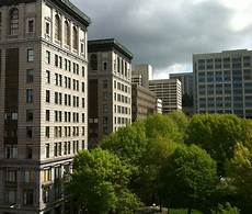 Apartment Reviews Seattle by Reviews Prices For Quintessa Apartments Seattle Wa