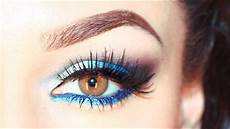 blaues augen makeup blue smokey eyeshadow