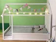 So Wird Aus Einem Ikea Kura Ein Tolles Kinderbett Mit Dach