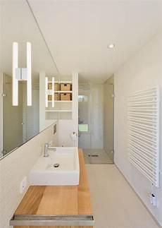 Minimalistisches Badezimmer Mit Dusche Badezimmer