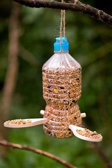 mangeoire oiseaux bouteille plastique recyclage bouteille