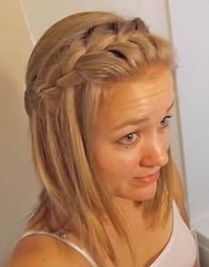 cute easy hairstyles for shoulder length hair