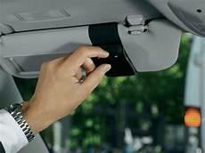 kit libre interdit interdiction du kit libre quels sont les moyens pour t 233 l 233 phoner en voiture cnet