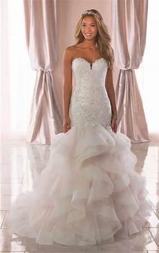 Horsehair Skirt Wedding Dress