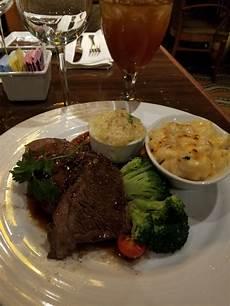restaurant bar lounge food carnival triumph ship