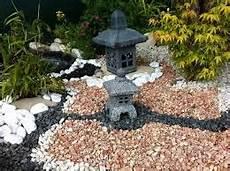 comment faire un jardin zen pas cher jardin japonais zen