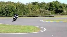 stage moto formation de conduite moto en virages