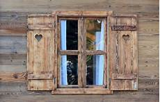 alte holzfenster 187 alte fensterrahmen verspr 252 hen charme