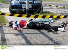 mort de voiture l homme est mort dans un de voiture image stock