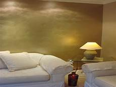 wand gold streichen shiny paint for walls gold metallic interior wall paint