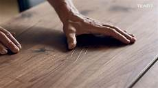 kratzer aus holz entfernen reparatur kleiner kratzer naturholzm 246 bel