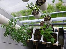 Gardening Systems by Hydroponic Gardening Part 1 An Overview
