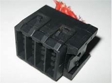 Bmw E32 E34 E31 Fuse Box Carrier Holder Socket 1378982