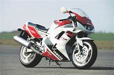 Yamaha Fzr1000 1991 1994 Review Speed Specs Prices
