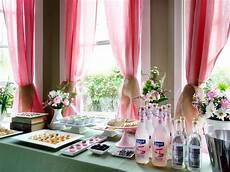 how to host a brunch wedding shower diy