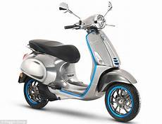 scooter electrique vespa vespa s electric scooter goes on sale in europe this