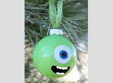 Bolas de navidad divertidas con personajes de dibujos