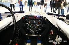 formel 1 cockpit cockpit of the renault f1 at jerez january testing