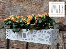 vasi da balcone vasi per balconi in muratura con fioriera per terrazzi