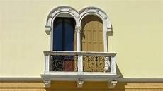soglie e davanzali fornitura davanzali soglie e contorni portali