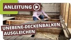 unterkonstruktion dielenboden altbau altbau holzboden unebene holzdielen deckenbalken