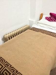 vicino al letto termosifone vicino al letto foto di hotel beau sejour