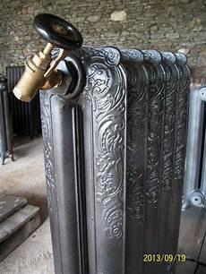 Radiateur Fonte Ancien R 233 Nov 233 Fleuri Rococo Lissse