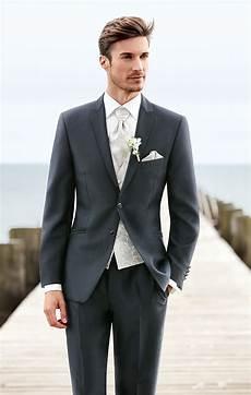 schwarzer anzug zur hochzeit wilvorst hochzeit wedding hochzeitsmode weddingdress