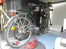 Fahrradständer Für Garage by Fahrradtr 228 Ger In Die Garage