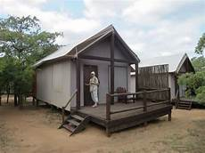 the hut from the outside picture of nkambeni safari c
