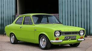 Ford Escort RS1600 Breaks World Record Selling For &16370875