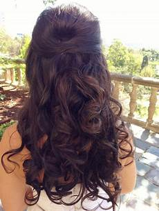 21 stunning half up half down hairstyles to
