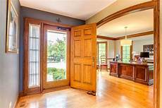 the shade of white wall paint for oak trim laurel home