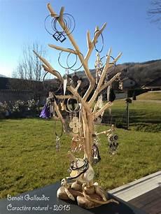 arbre à bijoux en bois 201 pingl 233 sur femme