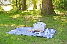 Tipps F 252 R Das Perfekte Sommer Picknick The Chic Advocate